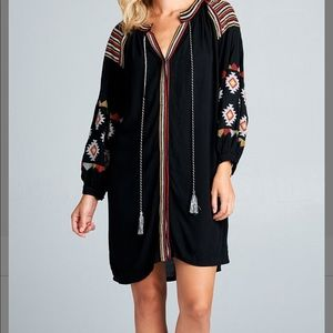 NWT Velzera black embroidered swimsuit cover up